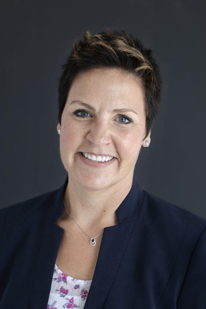 Laura Jo Busian